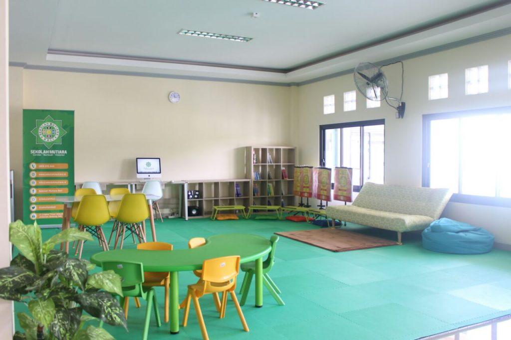 Digital Library Sekolah Mutiara